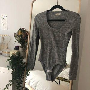 Heather grey Madewell scoopneck bodysuit